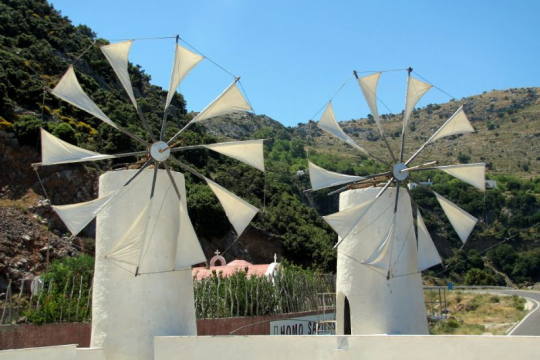 Self-drive Kreta windmolens