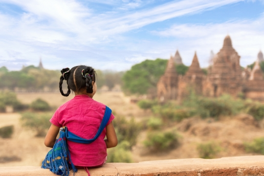 Kind in Bagan